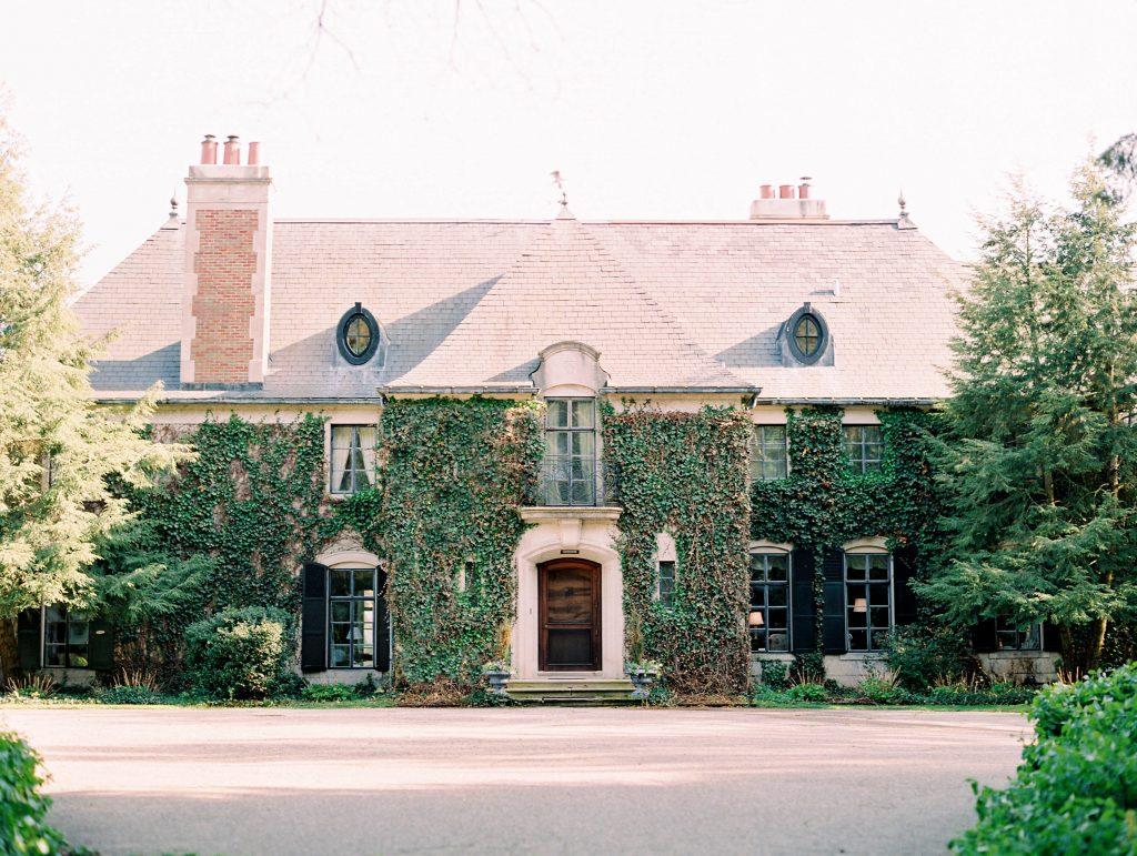 Greencrest Manor | Amanda & Patrick's Romantic Michigan Picnic Bed & Breakfast Engagement